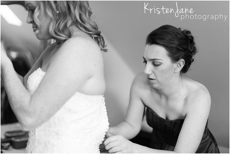 CT Wedding Photographer - Saybrook Point Inn Wedding - getting ready